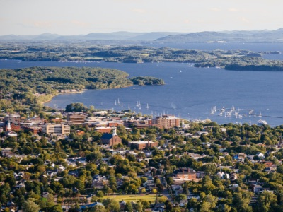 Aerial photo of the city of Burlington, Vermont, and Lake Champlain